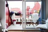 Стулья на балконе