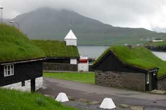 Norðragøta,_Faroe_Islands_(2)