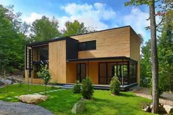 Озеленение участка с домом
